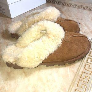 UGG Shoes - UGG size 8